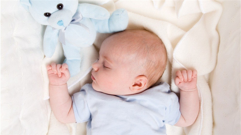 对于爸爸妈妈来说,哄宝宝睡觉也是一门学问,经常会遇到宝宝半夜惊醒